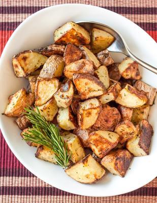 batatas assadas de alecrim