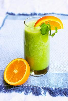smoothie de coentro tropical